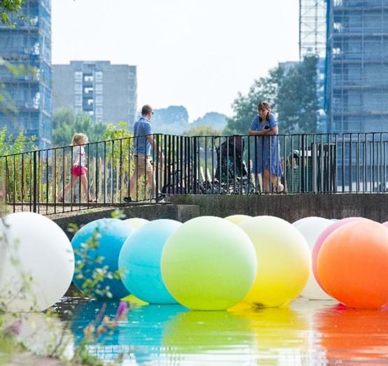 """Balloons"" Art Installation On Southmere Lake By Artists Nathalie Coste And Selina Fukuda As Part Of The Thamesmead Markets In Summer 2020 Which Were Led By A Group Of Local Residents"